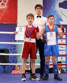 Тюменский Фонд развития бокса - официальный сайт - Боксеры - ТОКАРЧУК МИХАИЛ