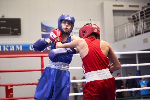 Тюменский Фонд развития бокса - официальный сайт - Фотолента - Первенство Тюменской области по боксу среди юношей, 28.11-01.12.2019г.