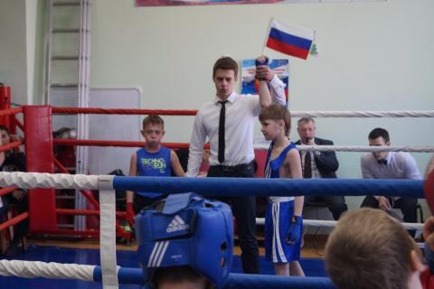 Тюменский Фонд развития бокса - официальный сайт - Фотолента - Турнир по боксу ко Дню Защитника Отечества 2016
