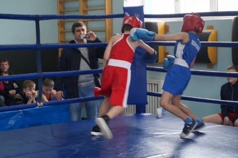 Тюменский Фонд развития бокса - официальный сайт - Фотолента - Второй этап Тюменской серии бокса, СДЮСШОР-3, 18-19.02.2017г.